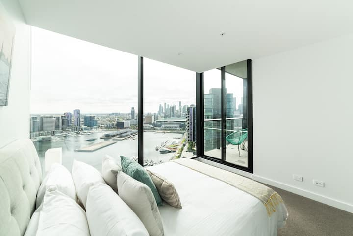 Sky High 2 Bedroom Apartments Harbour Views