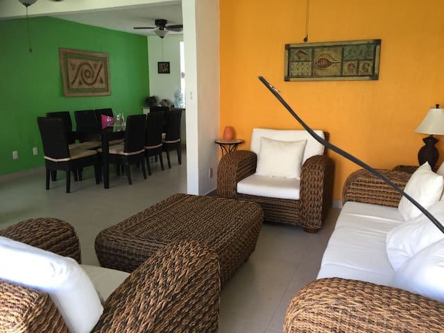Casa equipada frente a la playa. Acapulco Diamante - Acapulco - Casa