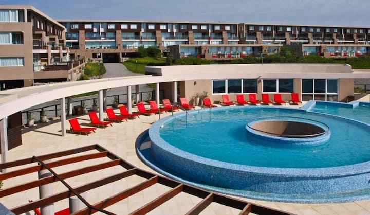 Ocean view apartment in Linda Bay Complex