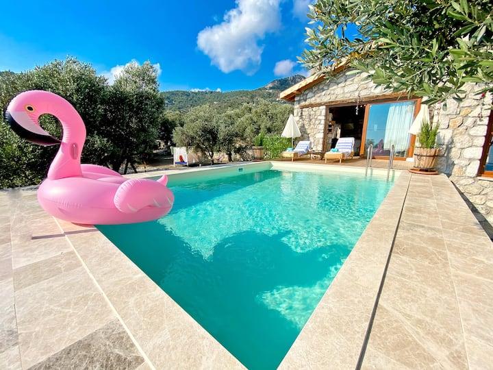 Shavilla Kalkan - Yalı ' da Korunaklı 1+1 Villa