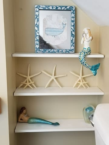 Rustic Beach Unit 2 - Mermaid's Lair
