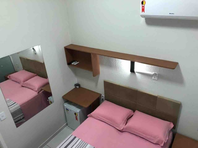 Suite quarto com banheiro interno conforto limpo
