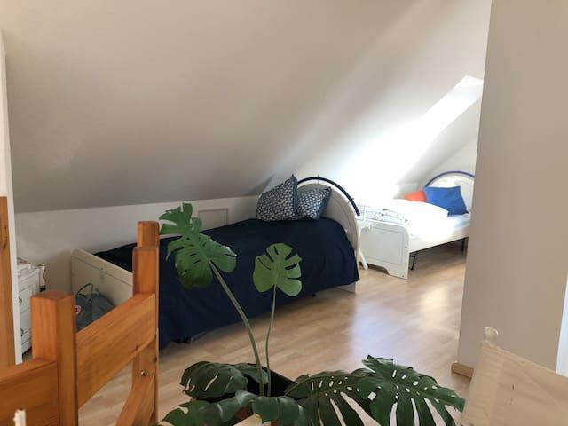 Kinderschlafzimmer unterm Dach