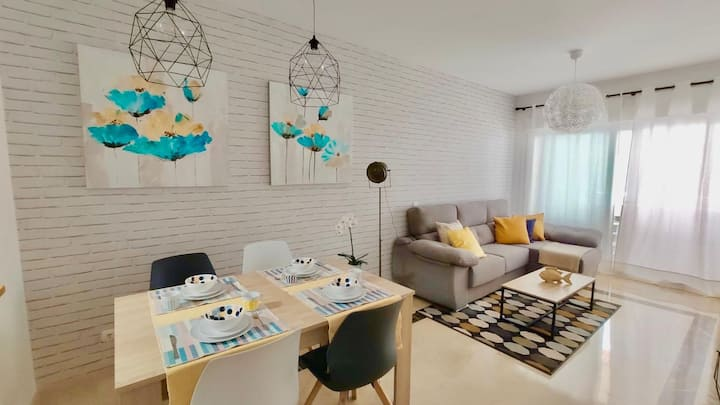 Apartamento CON PARKING CERCA PLAYA /CASCO ANTIGUO