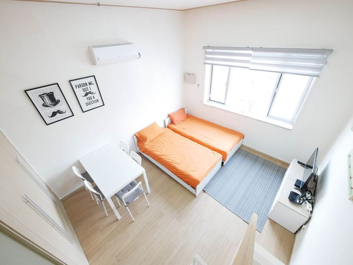 [Renovated Flat] DongDaeMun Orange Loft
