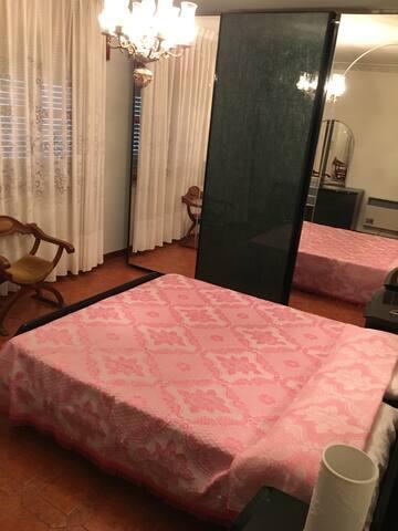Centrale,pulito,confortevole. 70 mq - Castelbuono