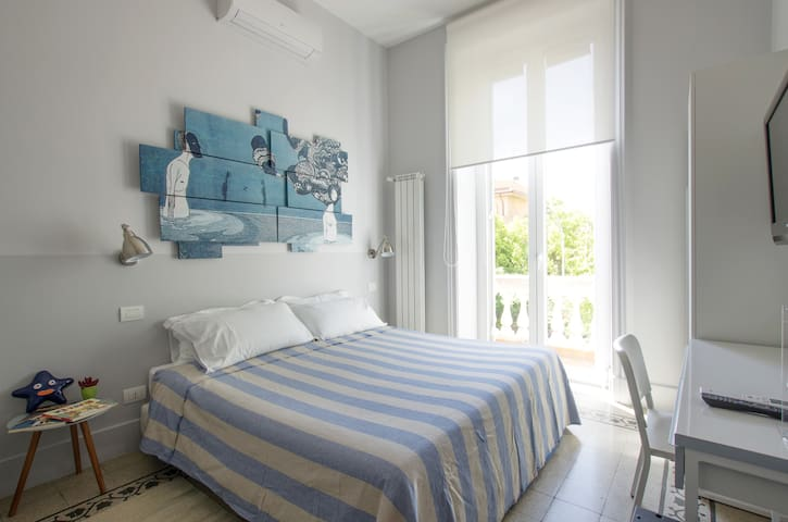 ROOM A IN ROME'S STREET ART DISTRICT - Rome - Appartement
