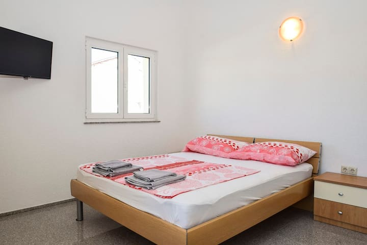 Cozy studio apartment Marinko-A7 in Vodice City - Vodice