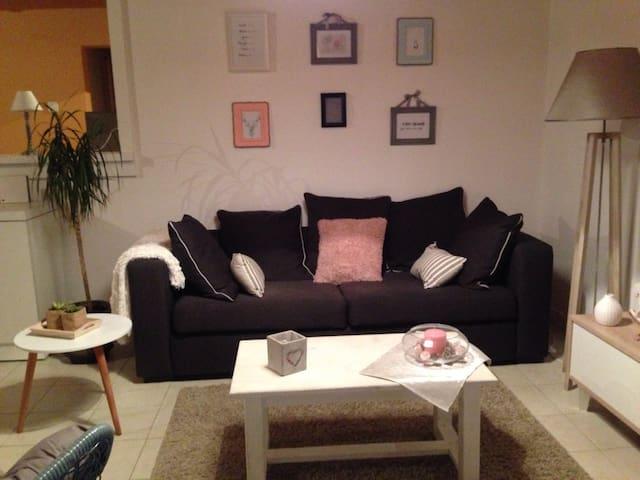 Maison chaleureuse entre Rennes et Nantes - La Dominelais - Haus