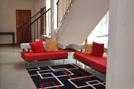 Private rooms in Johannesburg - Midrand