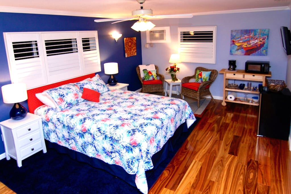 Sunny Spacious And Very Private Suite Guest Suites For Rent In Saint Pete Beach Florida