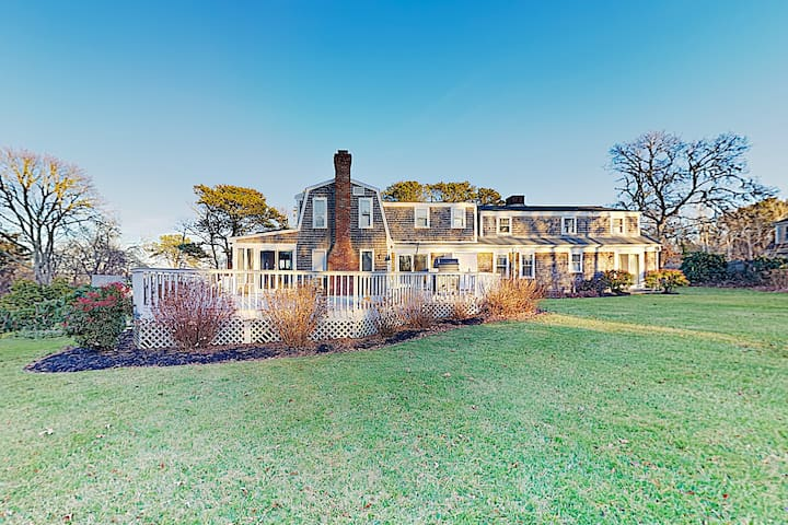 New Listing! Grand 1-Acre Oyster Pond Estate