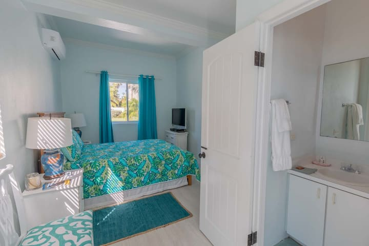 Bedroom 4 with ensuite bathroom