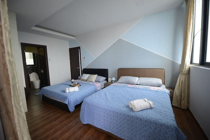 2 queen beds can be pushed together if you have kids, or separated if you're with friends. Your choice. En suite bathroom connected to this room. A spacious balcony is also connected to this room.