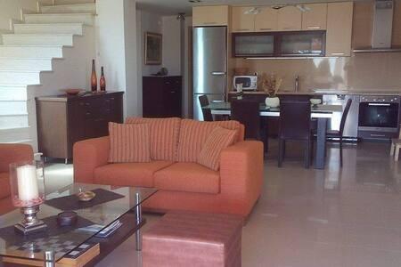 Villa Asterias beach house - Agios Mamas - Hus