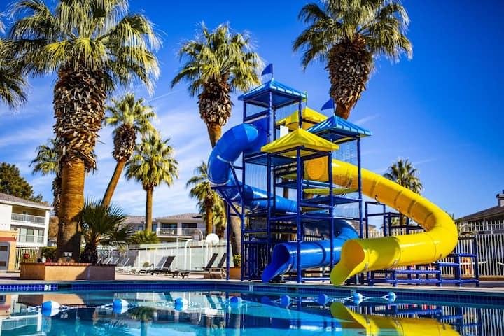 *Las Palmas* Resort - 6 Pools! Family Fun Condo!