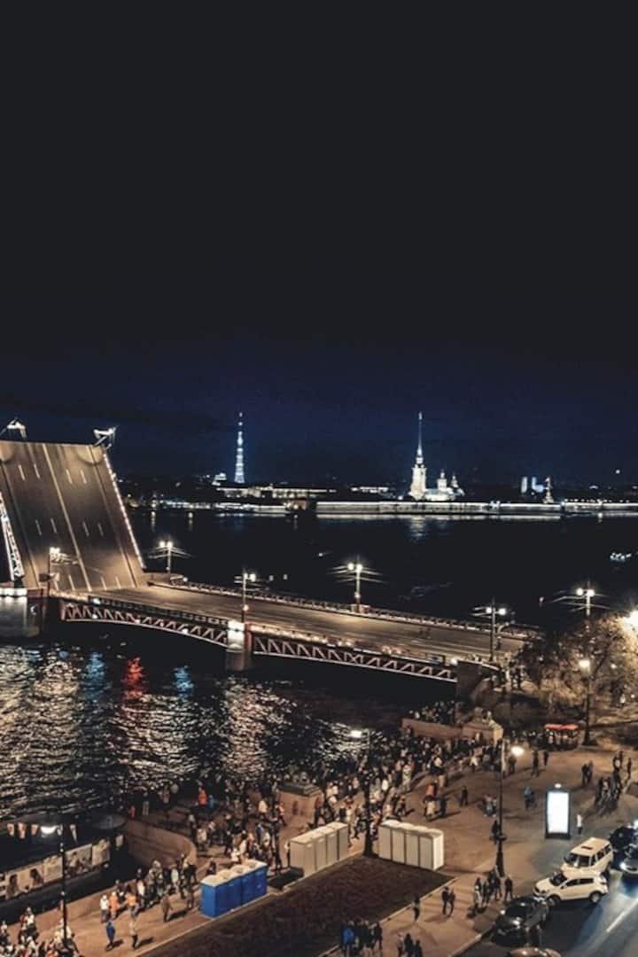 Развод Мостов с крыши.