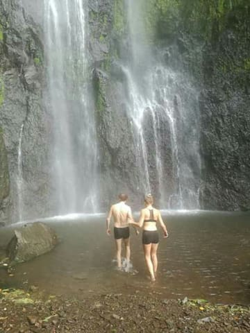 A tour to the waterfall  San Ramon our customers can enjoy.