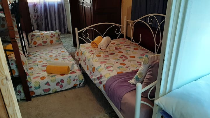 Meyenburg Dorm, Bed 2
