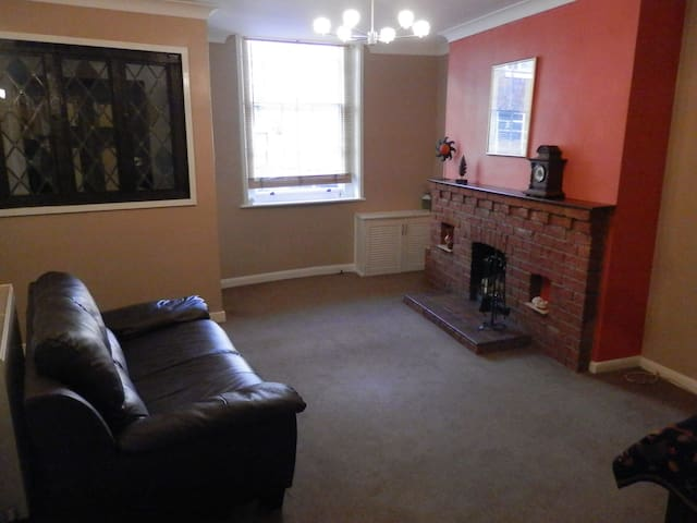Cosy ground floor 1 bed flat, centre of Bewdley