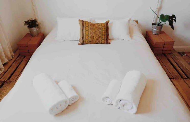 Bed & Yoga Oaxaca Center #1
