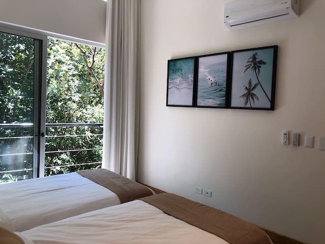1st secondary bedroom