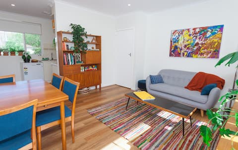2-bedroom apartment in leafy North Canberra