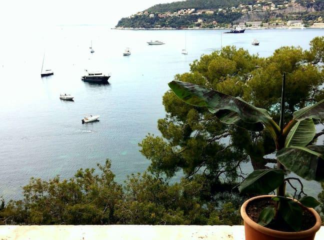 Charmant appartement vue sur la mer