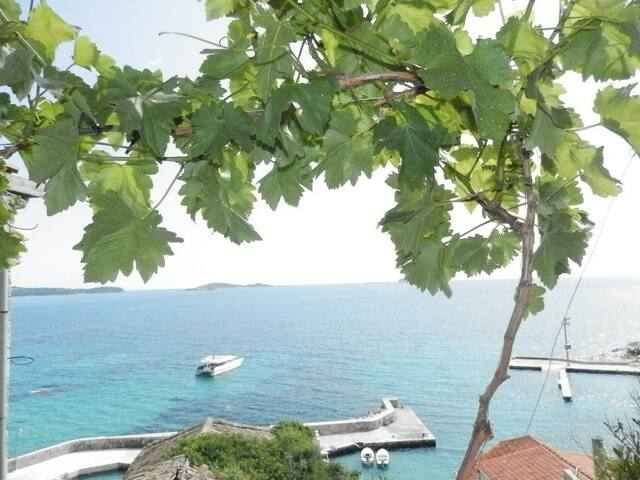 Villa Soti - One-Bedroom Apartment with Balcony and Sea View