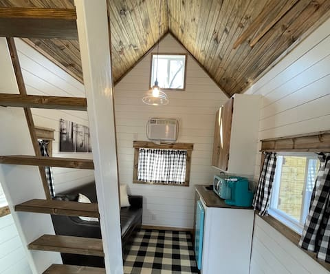 A Great Glamping Experience with ALL the Extras!