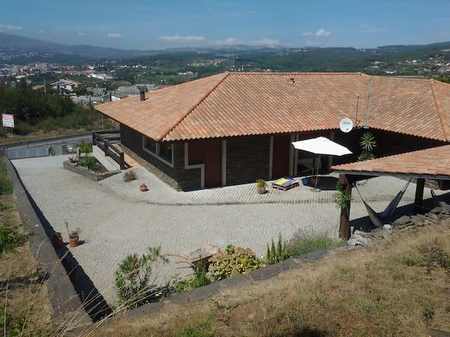 Suíte em moradia rustica em Vila Real
