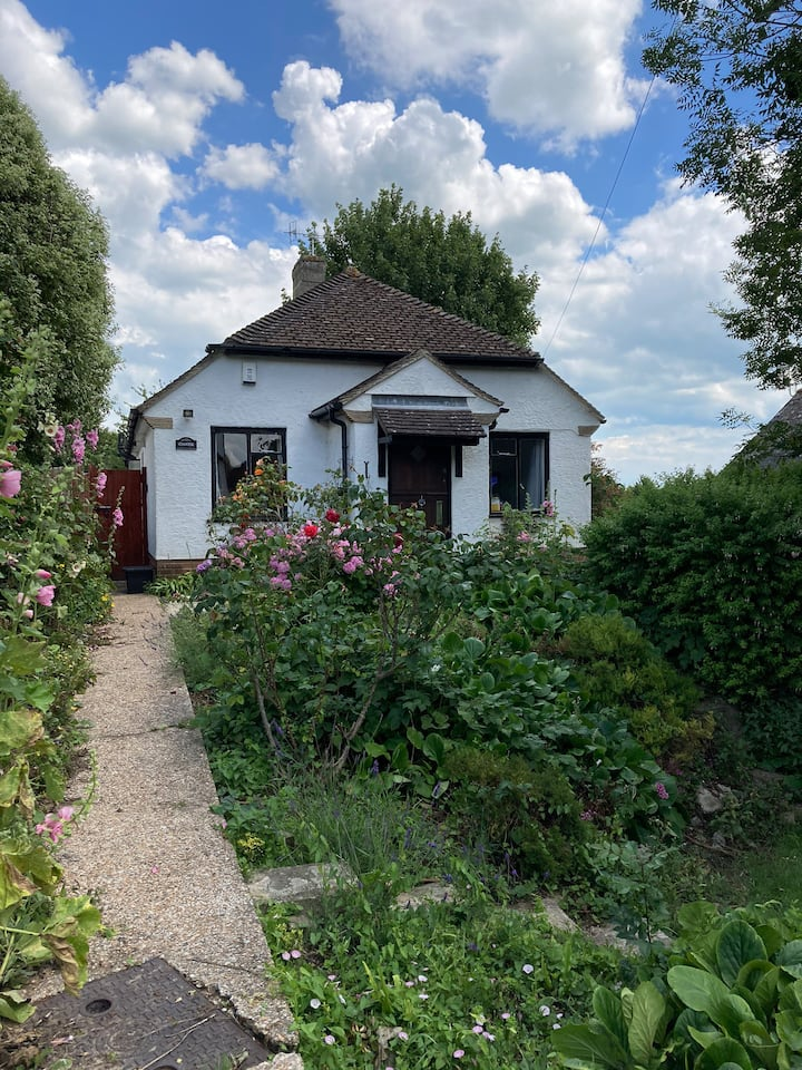 Cosy 2 bed bungalow on the Kent coast
