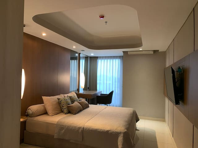 Studio Apartment - Louis Kienne Simpang Lima