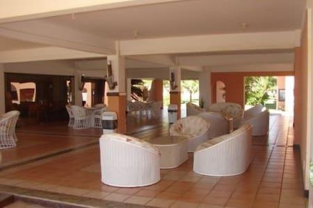 Flat Com 3/4 em Guarajuba na Beira Mar - Camaçari - Serviced apartment