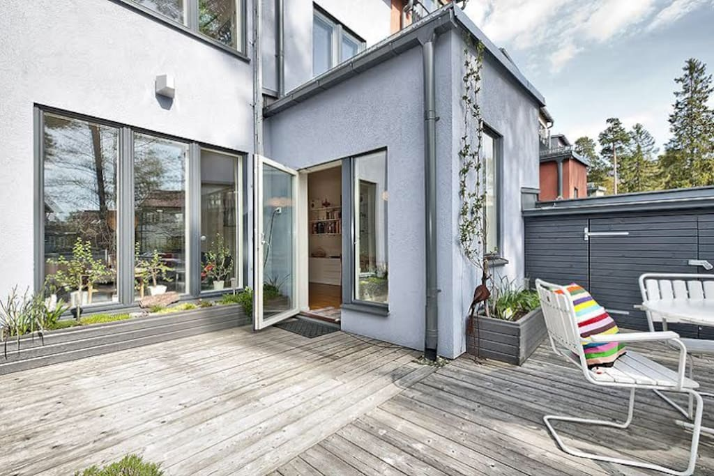 Modern townhouse in stockholm maisons louer for Maison stockholm
