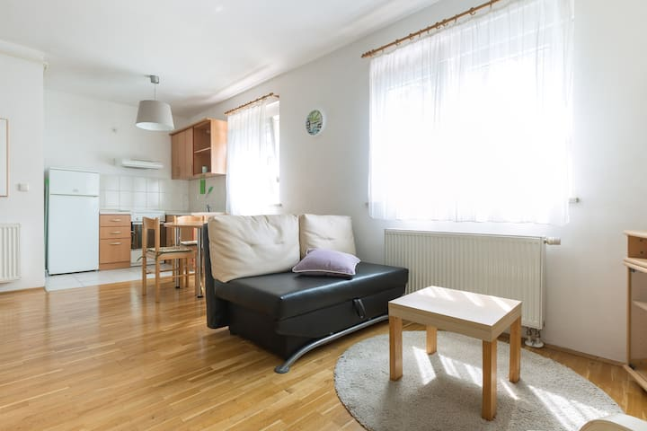 "Apartment ""Bitko"" - daily and multy day rental"