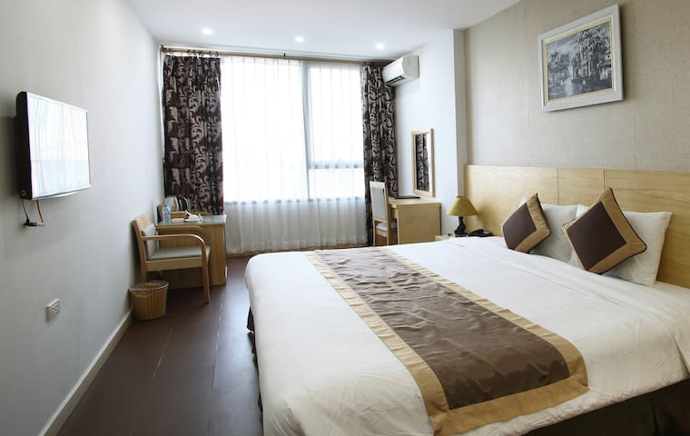 Book hotel in Cau Giay