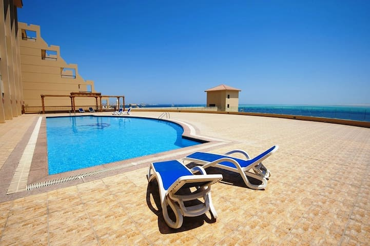 Studio at the Beach - The View Resort - Qesm Hurghada - Apartmen