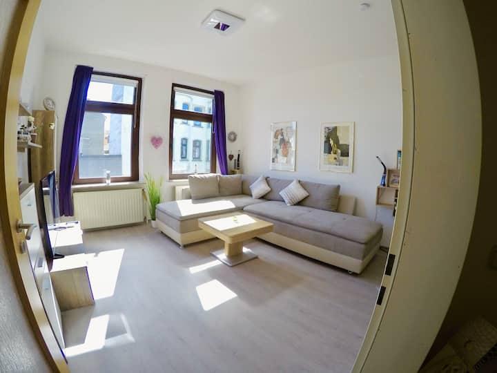 Liebevolles Küstenapartment mit großem Wohnzimmer!