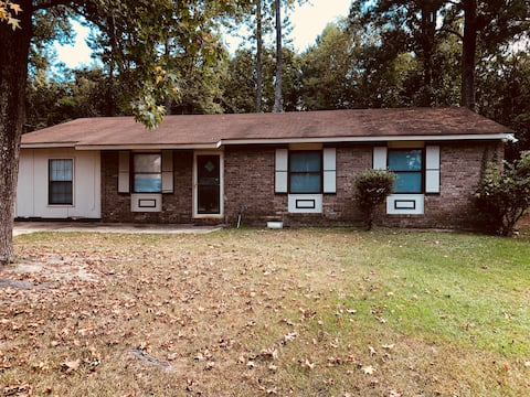 Nice Brick house less than 7 miles from Ft Benning