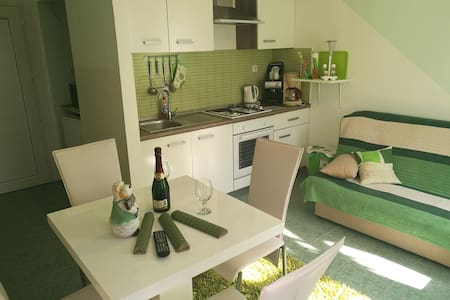 Apartment between the old town and the beach - Šibenik - Flat