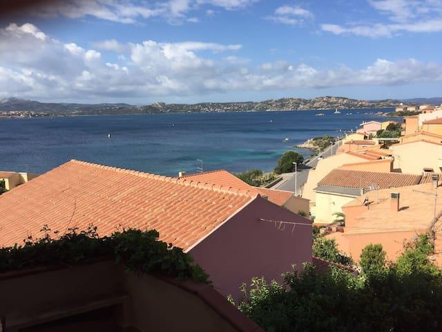 Appartamento 100m dalla spiaggia - La Maddalena - Flat