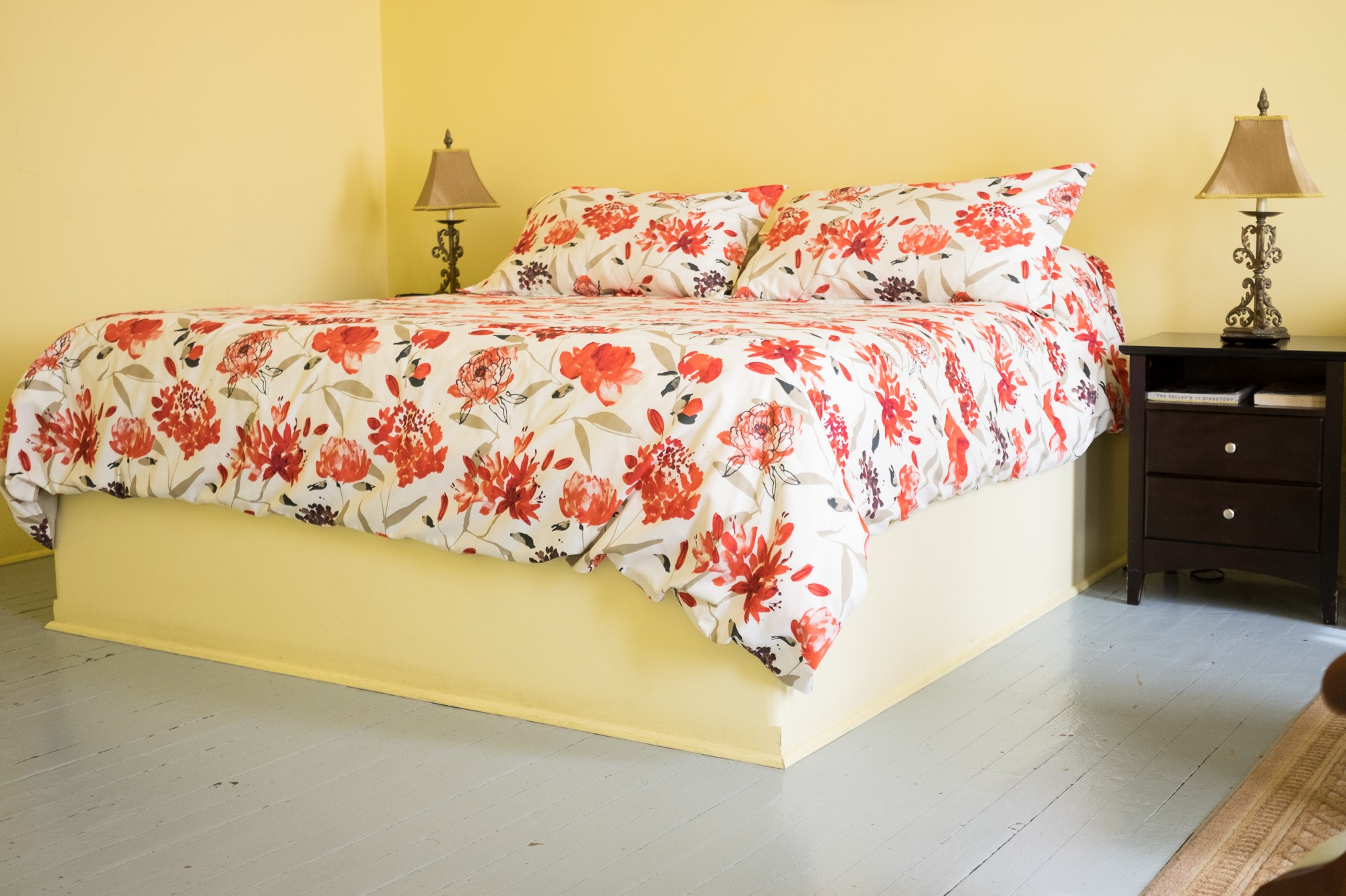 Riverview Room | King bed
