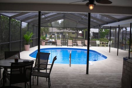 Senegal Palm Solar Pool Home Sleeps 8 - Apollo Beach - Dom