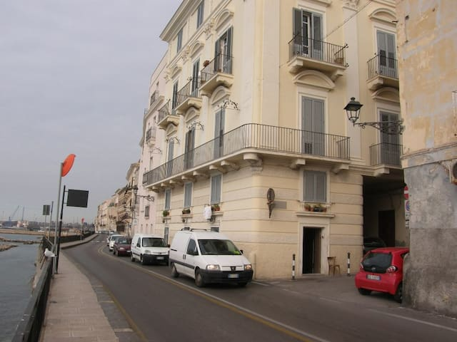 SUNSET HOUSE - Taranto - Apartment