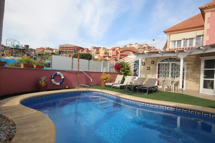 Villa in El Duque with privat pool
