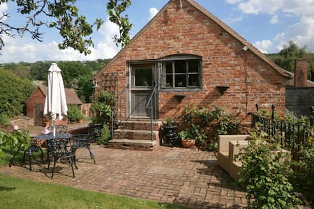 A cosy cottage Herefordshire, 5 miles from Malvern - Coddington - Dom