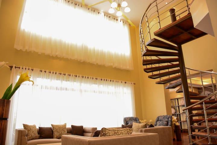 Westlands Penthouse 4bedroom/Affordable/Cossy
