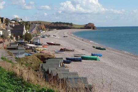 The Corner House, in centre of town close to beach - Budleigh Salterton - อพาร์ทเมนท์
