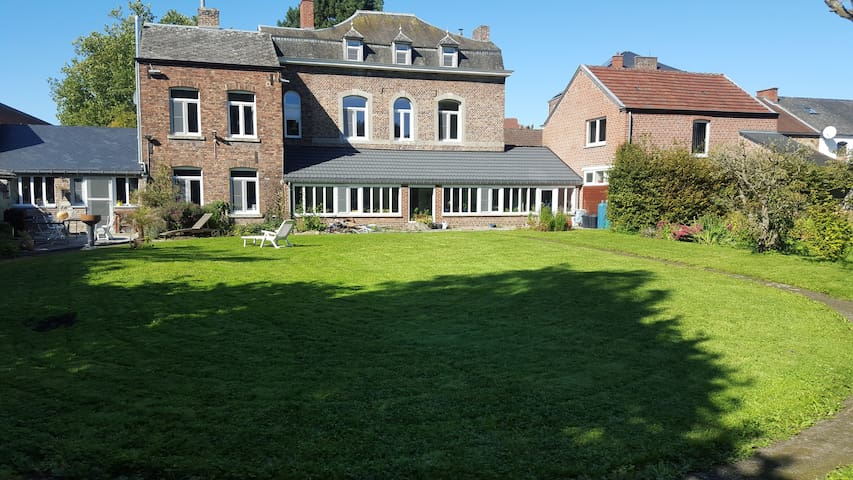 Chambre Australia à la campagne, proche de Namur - Fosses-la-Ville - Bed & Breakfast